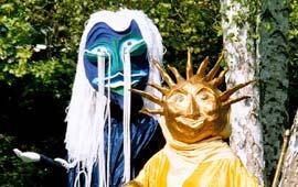 Maskitas: Sonne und Mond